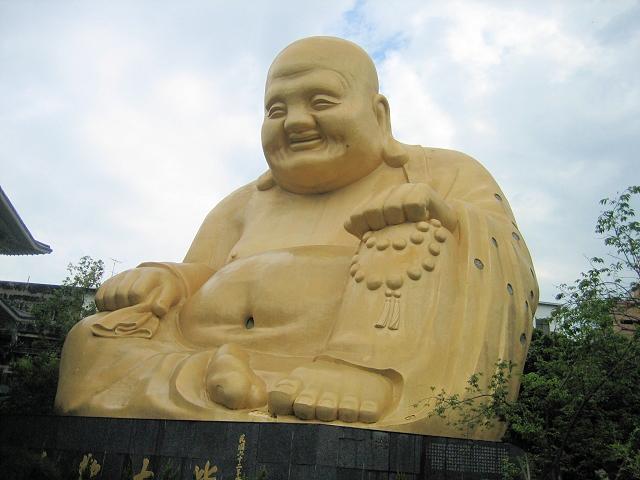 台中賽覺寺の弥勒菩薩像